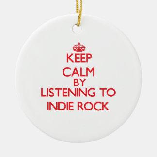 Guarde la calma escuchando la ROCA del INDIE Ornamento Para Arbol De Navidad