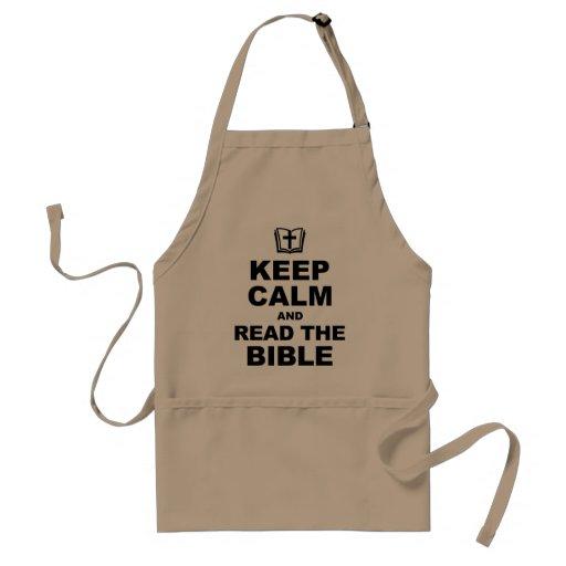 Guarde la calma leen la biblia (b) delantal