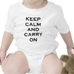 Guarde la calma para continuar traje de bebé