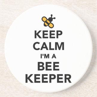 Guarde la calma que soy apicultor posavasos para bebidas