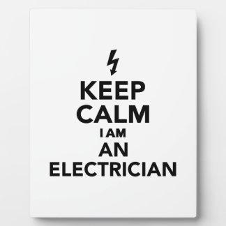 Guarde la calma que soy electricista