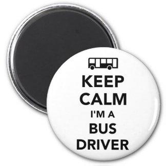 Guarde la calma que soy un conductor del autobús imán redondo 5 cm