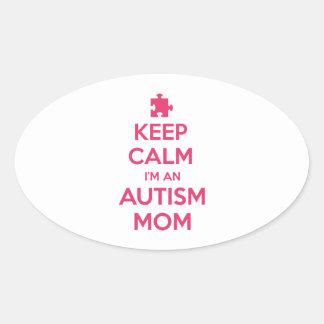 Guarde la calma que soy una mamá del autismo pegatina ovalada