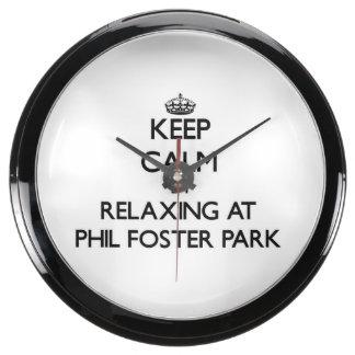 Guarde la calma relajándose en el parque adoptivo  relojes acuario