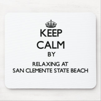 Guarde la calma relajándose en la playa de estado  alfombrillas de ratón