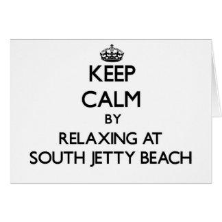 Guarde la calma relajándose en la playa del sur la