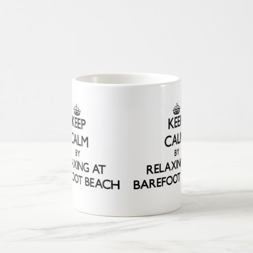 Guarde la calma relajándose en la playa descalza l tazas