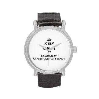 Guarde la calma relajándose en la playa magnífica relojes de mano