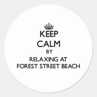 Guarde la calma relajándose en la playa Massa de Pegatinas Redondas