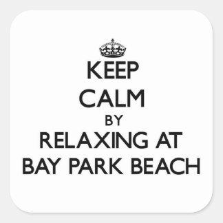 Guarde la calma relajándose en la playa Ohio del Pegatina Cuadrada