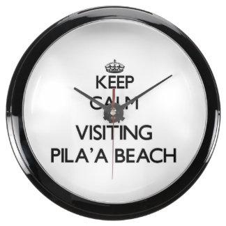 Guarde la calma visitando la playa Hawaii de Pila' Reloj Aqua Clock