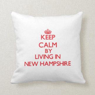 Guarde la calma viviendo en New Hampshire Almohada