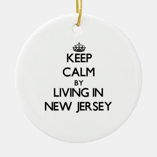 Guarde la calma viviendo en New Jersey Adorno Redondo De Cerámica
