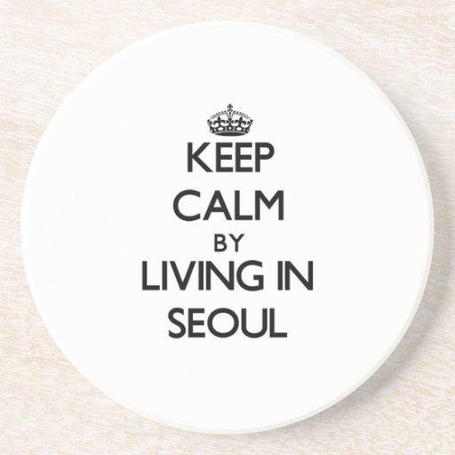 Guarde la calma viviendo en Seul Posavasos Diseño