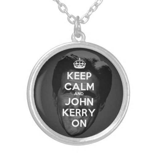 Guarde la calma y a John Kerry encendido Colgante Redondo