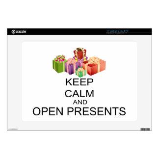 Guarde la calma y abra los presentes portátil skins