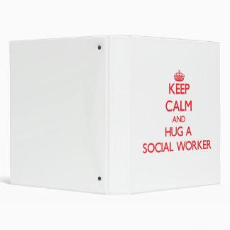 Guarde la calma y abrace a un asistente social