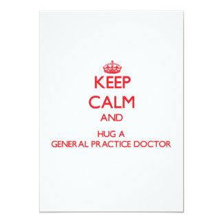 Guarde la calma y abrace a un doctor de la anuncios