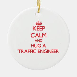 Guarde la calma y abrace a un ingeniero del tráfic adorno para reyes