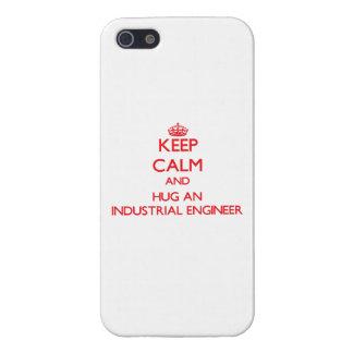 Guarde la calma y abrace a un ingeniero industrial iPhone 5 funda