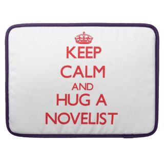 Guarde la calma y abrace a un novelista fundas macbook pro