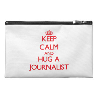 Guarde la calma y abrace a un periodista