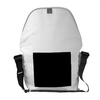Guarde la calma y abrace a un trabajador de ayuda bolsas de mensajería