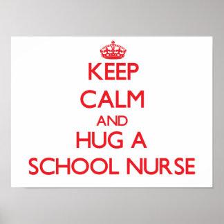 Guarde la calma y abrace a una enfermera de la esc poster