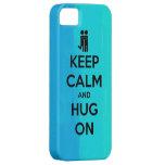 Guarde la calma y abrace encendido - la caja linda iPhone 5 carcasas