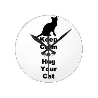 Guarde la calma y abrace su gato reloj