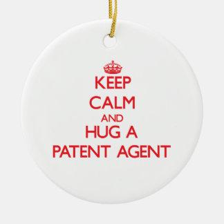 Guarde la calma y abrace un agente de patente ornamentos para reyes magos
