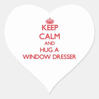 Guarde la calma y abrace un aparador de ventana pegatina en forma de corazón