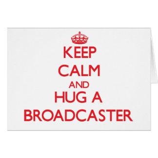 Guarde la calma y abrace un locutor tarjeta de felicitación