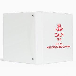 Guarde la calma y abrace un programador de los uso