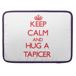 Guarde la calma y abrace un Tapicer Fundas Para Macbooks