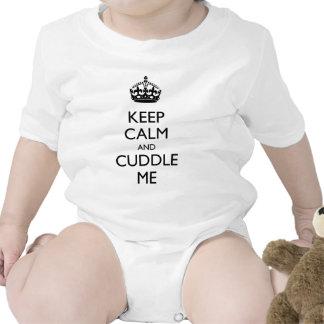Guarde la calma y abráceme traje de bebé