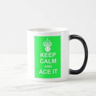 Guarde la calma y Ace la taza Morphing