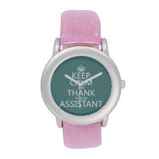 Guarde la calma y agradezca a su ayudante - en cua reloj