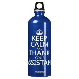 Guarde la calma y agradezca a su ayudante - en