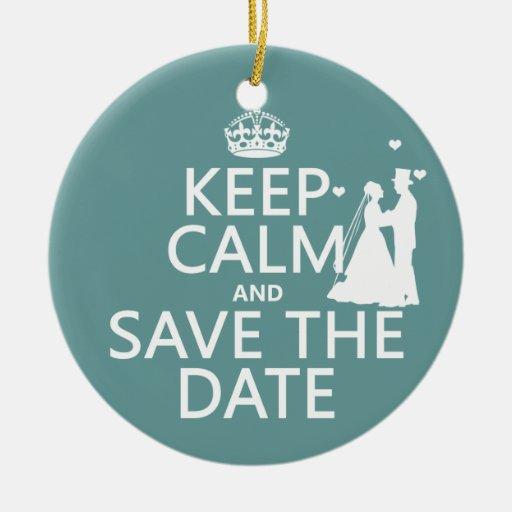 Guarde la calma y ahorre la fecha (completamente adorno navideño redondo de cerámica