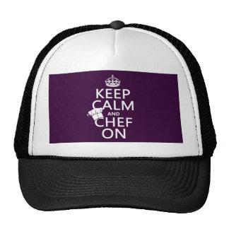 Guarde la calma y al cocinero en (el personalizabl gorro
