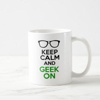 Guarde la calma y al friki en diseño tazas de café