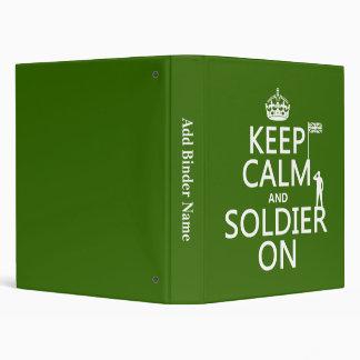 Guarde la calma y al soldado en (bandera BRITÁNICA