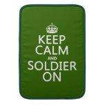 Guarde la calma y al soldado en (cualquier color d fundas para macbook air