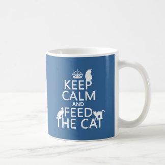 Guarde la calma y alimente el gato tazas