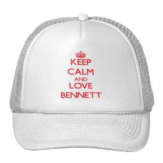 Guarde la calma y ame a Bennett Gorro De Camionero