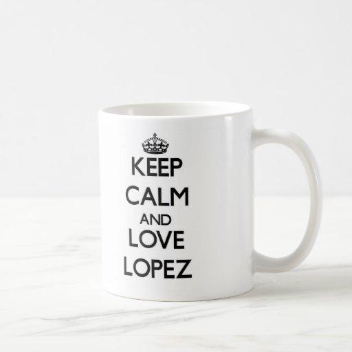 Guarde la calma y ame a López Taza Básica Blanca