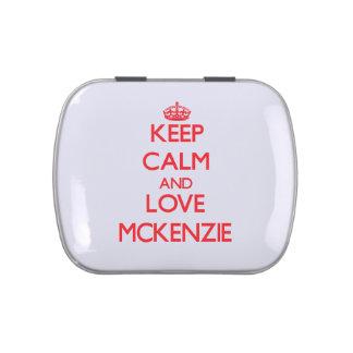 Guarde la calma y ame a Mckenzie Latas De Caramelos