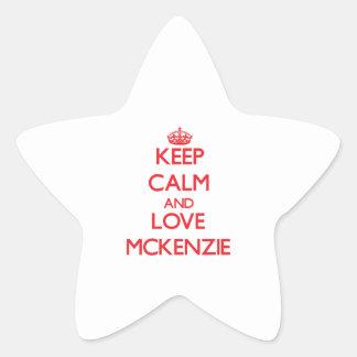 Guarde la calma y ame a Mckenzie Colcomanias Forma De Estrella Personalizadas