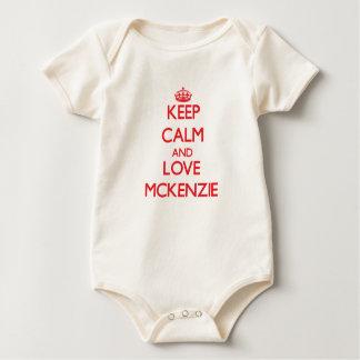 Guarde la calma y ame a Mckenzie Mamelucos